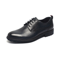 China Logo Customized Slip on Mens Breathable Leather Shoes for sale