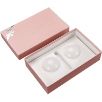 China Fashion Luxury Pink Paper CMYK Cardboard Gift Packaging Lid Base Boxes With Insert for sale