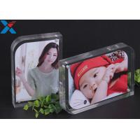 Best Magnet Clear Acrylic Photo Frame Creative ARC Shape PMMA Pictures Table Frame wholesale
