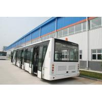 Quality 110 Passenger Airport Limousine Bus , 4 Stroke Diesel Engine Airport Coaches wholesale