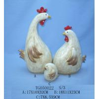 Best Handmade Carved Polyresin Figurine , Resin Chicken Figurines For Garden Decor wholesale